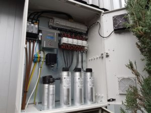 Konserwacja i naprawa urządzeń do kompensacji mocy biernej